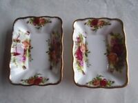 Pair of Royal Albert Old Country Roses Rectangular Dishes