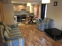 BEAUTIFUL 2 BED GROUND FLOOR FLAT