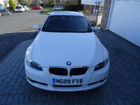 Fabulous BMW 3 series 2.0, 320i coupe, ice white, black leather interior and sunroof, 2009, petrol