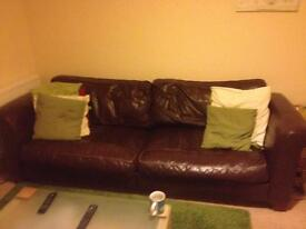 Sofa! £20 collection only please HAS to go by midday Friday 3rd March