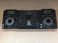 Pioneer CDJ-2000 & DJM-2000 setup