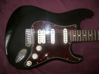 Fender USA American Deluxe Stratocaster Electric Guitar 2009 + Hard Case.