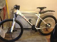GT Avalanche Elite hardtail trial bike large