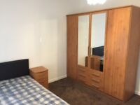 Large size double bedroom for couple or single person