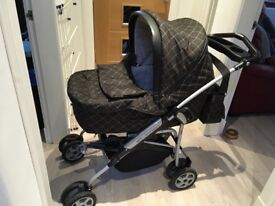 Mamas and Papas pram vgc must see £150 Ono with accessories