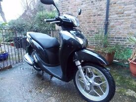 HONDA ANC 125 SH MODE, 2015, BLACK, 1 OWNER,ONLY 4745MILES, VGC,SERVICED,NEW BATTERY,ANY INSPECTION,