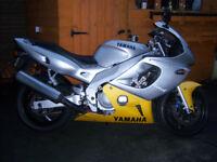 YZF 600R YAMAHA THUNDERCAT MOTORCYCLE