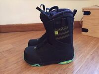 Women's Salomon Snowboard Boots UK size 6 / EUR 39 - barely used - £85 (RRP £179)