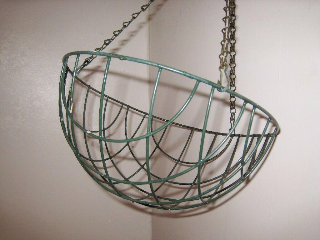 Garden Dark Green Metal Wire Hanging Basket 30D 15H 35 L (Chain) cm