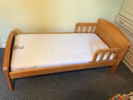 Toddler bed and Waterproof Mattress
