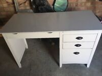White study desk. 2 Drawers & 1 larger storage drawer. One Pull out area for paper etc.