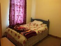 Doulbe Room to let on high road leyton near leyton midland road station E10 6RN