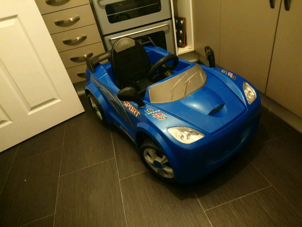 Kids electric sports car | in Worthing, West Sussex | Gumtree