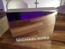 Michael Kors White Luminous Gold Set