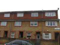 SPACIOUS 4 BEDROOM TOWN HOUSE FOR RENT IN PACKHAM