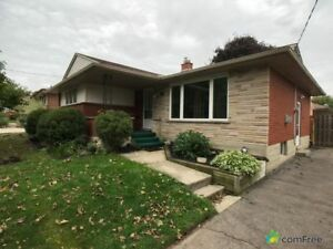 $399,000 - Bungalow for sale in Kitchener