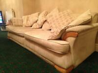 Free delivery lovely 4 seater sofa couch