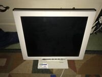 17 in TFT-LCD monitor good condition