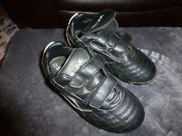 Mirak football boots
