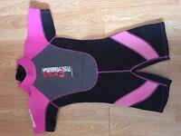 Childrens Medium pink Nalu wetsuit