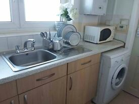 *GREAT SINGLE ROOM IN CANARY WHARF! ONLY £170 PW- ALL BILLS INCLUDED*