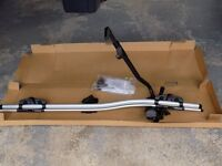 Volvo Bike carrier and aero roof bars - Volvo parts to fit a V50 with existing roof rails