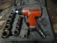 1/2 in. square drive air impact gun set