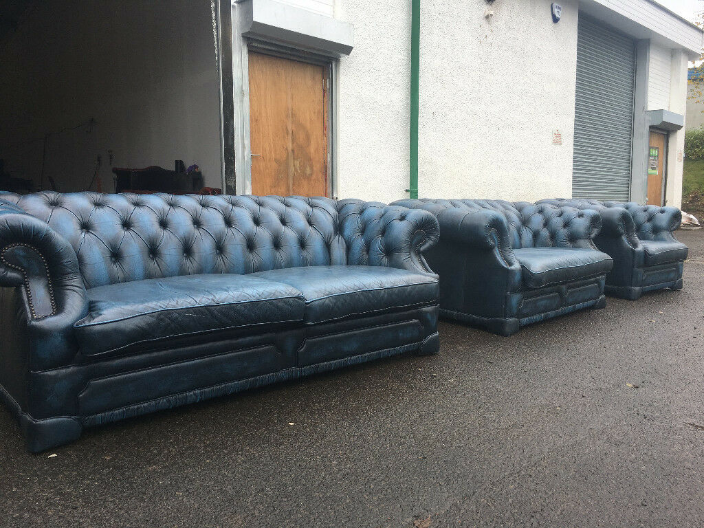3+2+1 antique blue chesterfield sofas DELIVERY AVAILABLE