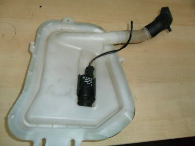 BMW 318i TOURING ESTATE 2004 REAR WASHER BOTTLE AND PUMP 61688374557