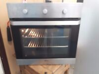 Beko Single fan assisted oven and grill. spotless. Delivery can be arranged if required.