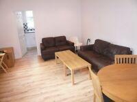 Large 3 Double bedroom Flat in Kilburn