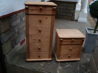 2 PINE MATCHING CHEST OF DRAWES 1 6 DRAWE AND 1 3 DRAWE 6 DRAWE COST £189 3 DRAWE COST £89 ONLY £50