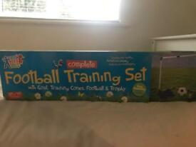 Foot ball goal training set brand new unopened