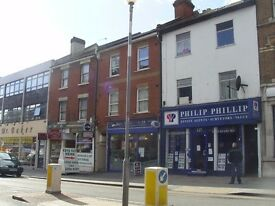 large one bed flat in great location with brent street shops and transport on its doorstep, £240 PW