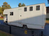 LEYLAND DAF 45 7.5 TON HORSEBOX