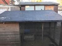Dog kennel £20 very cheap