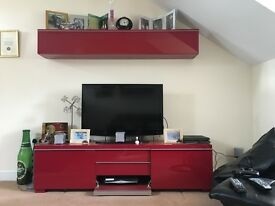 Tv and DVD unit