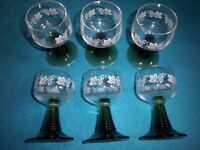 Set of 6 x Small Wine Glasses IP1