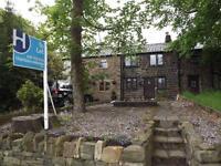 Beautiful fully furnished cottage in walshaw area of Bury close to amenities