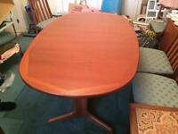 G-Plan 6 Seater Extendable Dining Room Table
