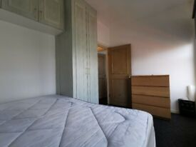 Beautiful One Bedroom flat on Second floor in High Road