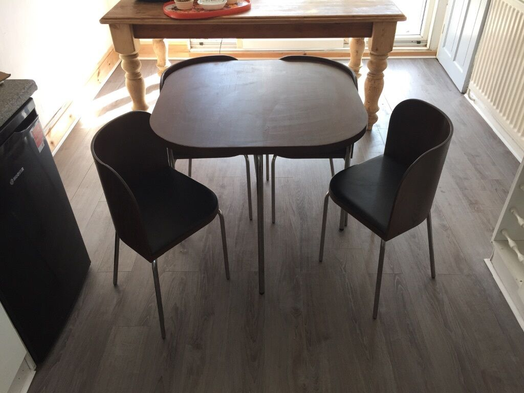 Free ikea fusion table and chair small compact dining for Table de fusion ikea