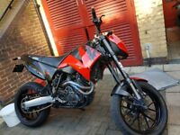 KTM DUKE 640 2003 RED