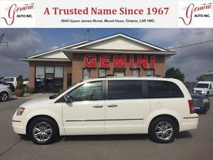 2010 Chrysler Town & Country Limited Navi Leather Moon Roof