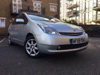 TOYOTA PRIUS T SPRIT HYBRID ELECTRIC SATNAV REVERS CAMERA ****PCO UBER READY*