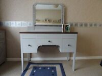 dressing table painted light gre