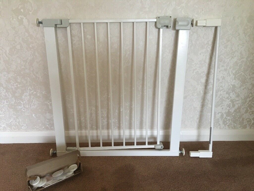 Safety First Baby Gate With Extender In Great Missenden