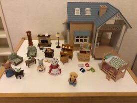 Sylvanian families bluebell cottage with funitures and figures