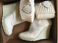 Authentic GUCCI boots size 39
