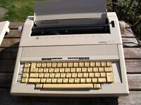 Electric typewriter - Brother A X 15